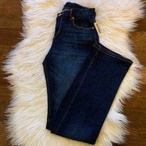Old Navy Regular Boot-cut Jeans NWT size 16 👖